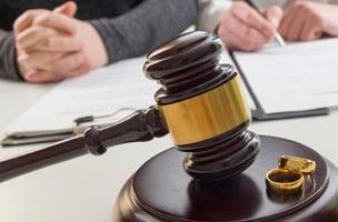Возможен ли развод через судебных приставов фото
